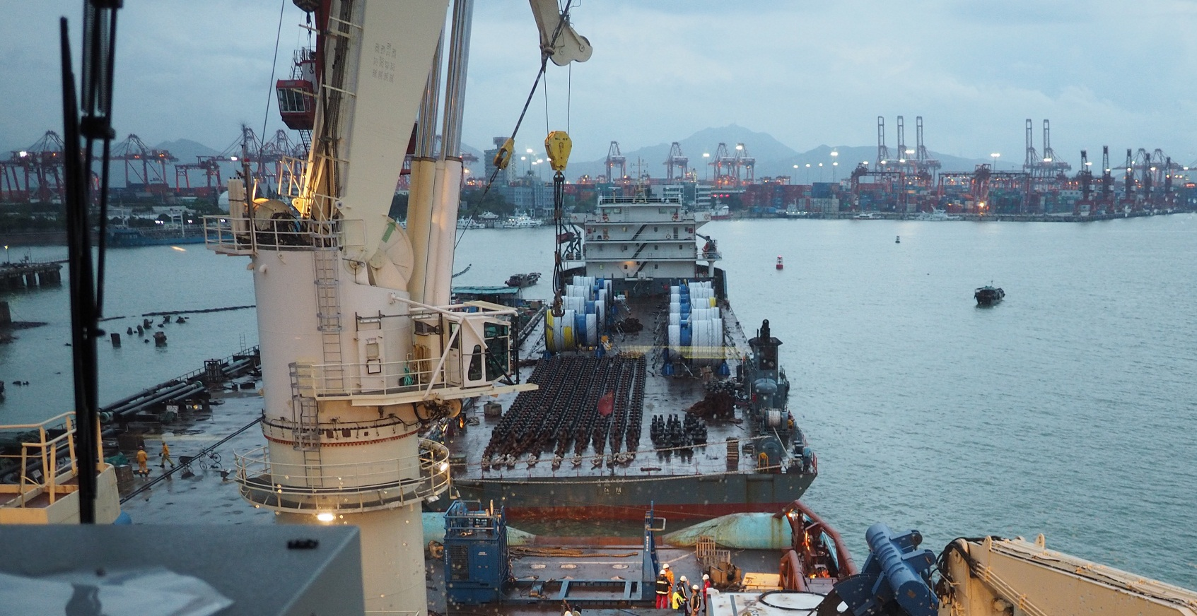 FEASIBILITY STUDY FOR SPREAD MOORED FPSO - InterMoor